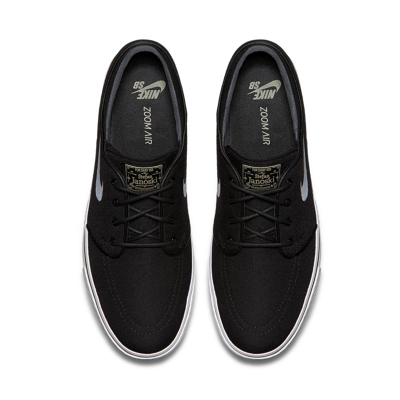 04bdc9eb9cc98 ... Tênis Nike SB - Zoom Stefan Janoski Canvas Black White. prev. next